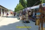 Уличная торговля на ул. Светлая в Витязево